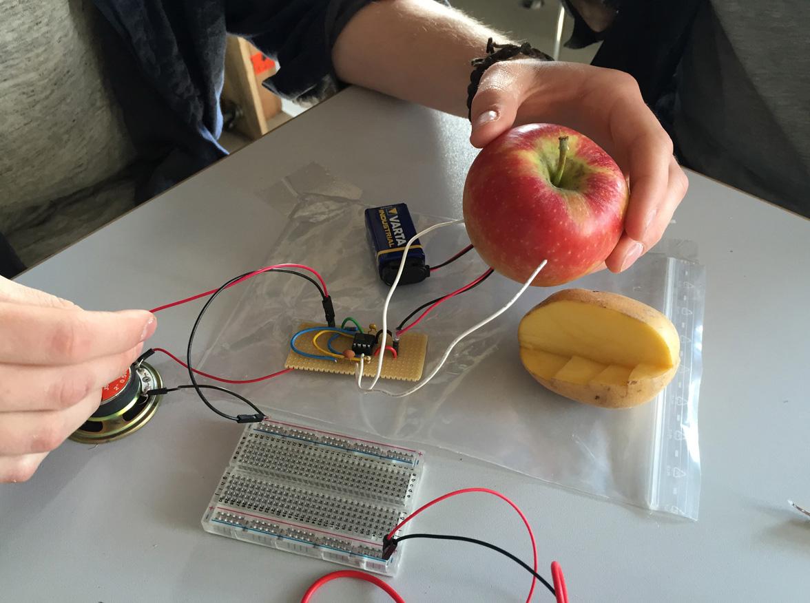 Apple resistor